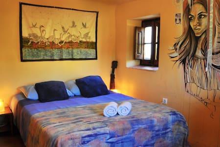 Cal Pau Cruset - Double Room - Torrelles de Foix - Haus