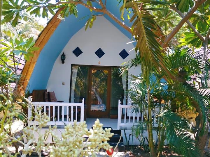 Gili Air, Kolanta Cottage, East Beach, Fast WiFi