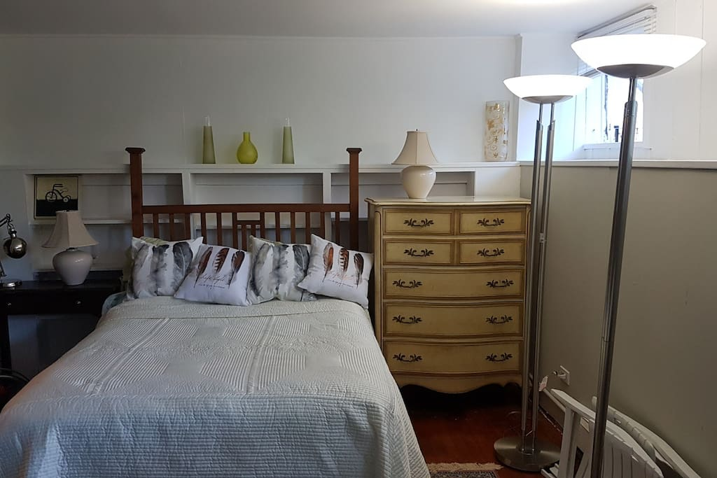 Studio with very comfortable double bed