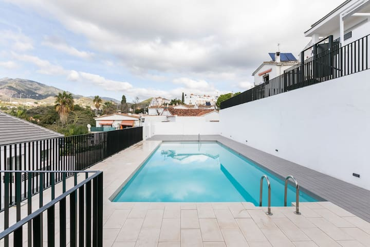 Luxurious Holiday Home in Marbella with Swimming Pool