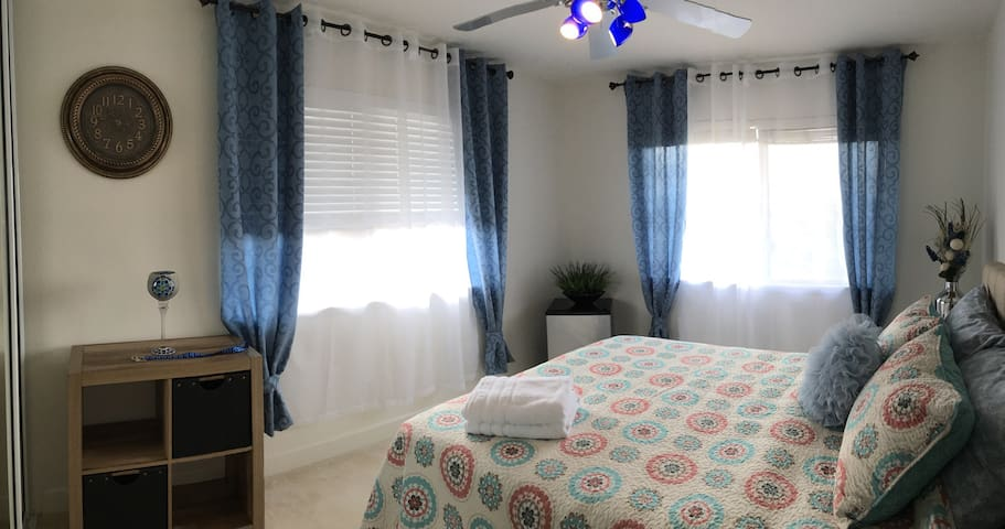 Central Oahu comfy&quiet bedroom - Mililani - Hus