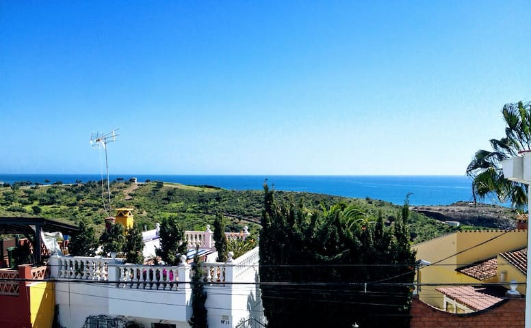 House on the beach of Benajarafe, ideal for family - Vélez-Màlaga - Casa