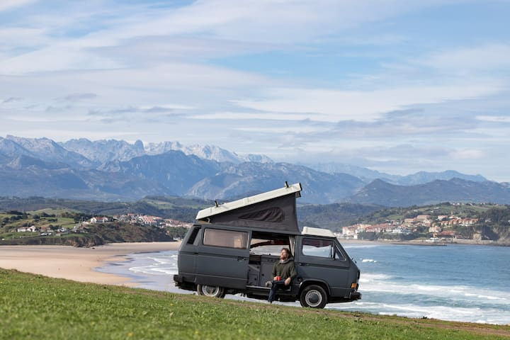 Original VW T3 Campervan in Santander