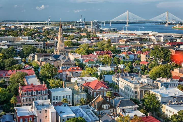 Charleston - Great Getaway,  With Free Wi-Fi !!!