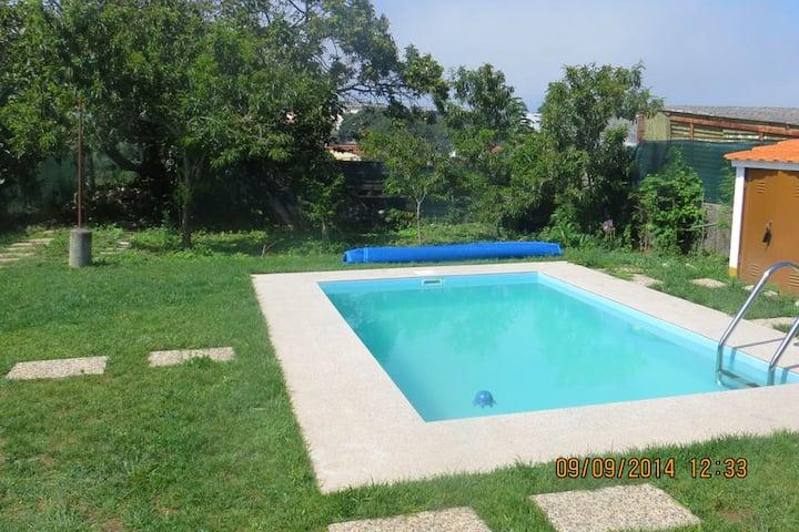 Villa de 2 habitaciones en Anta, con piscina privada, jardín amueblado y WiFi - a 2 km de la playa