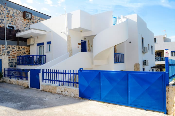 Cretan Muses Traditional apartments