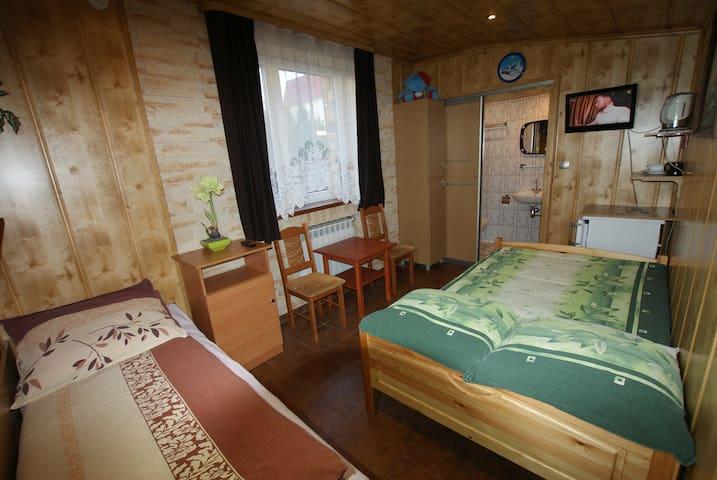 pokoj nr 1.  2-3 osobowy, wypoczynek nad morzem
