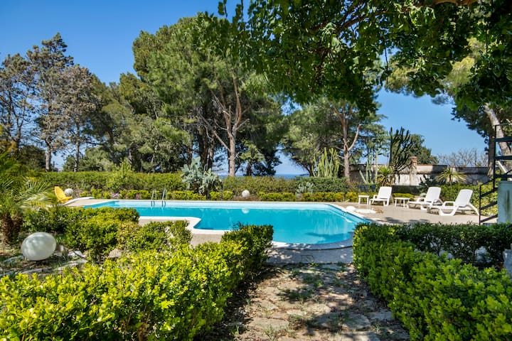 Villa With Private Pool | Wi-Fi - Parking - Clima - Torre Colonna-Sperone - Casa de camp