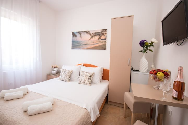 Double or twin room paradise in Villa Kovacevic