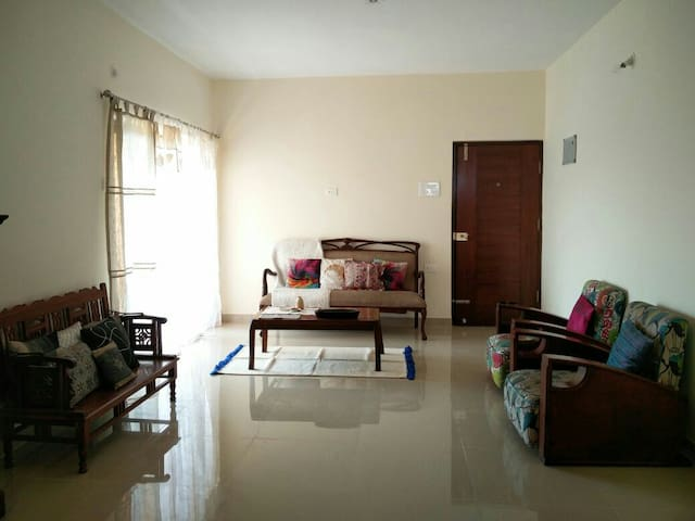 Scenic view top floor apartment - Mapusa