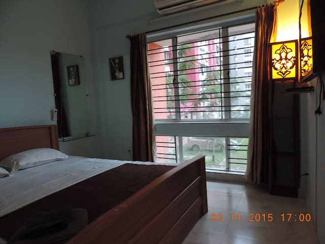 Full 2 Bedroom Apt with Kitchen in Rajarhat - New Town - Διαμέρισμα