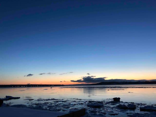 Luxueux Chalet avec vue sur le fleuve St-Laurent