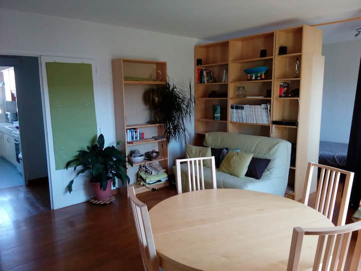 50 m2 Flat - 10 min from train station by foot
