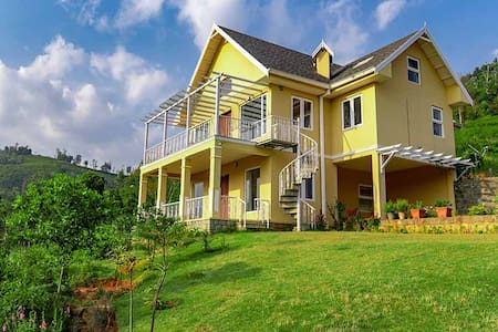 Yellow Tulip 3BHK - DISINFECTED BEFORE EVERY STAY