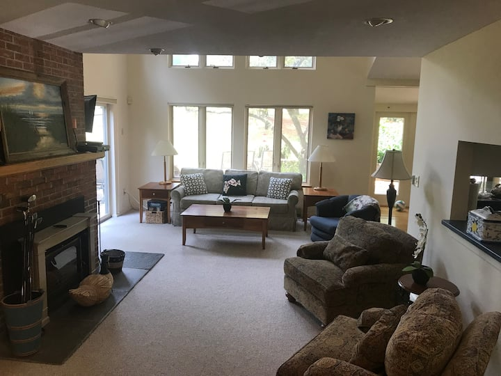Spacious, Bright, Family Getaway in Quechee, VT