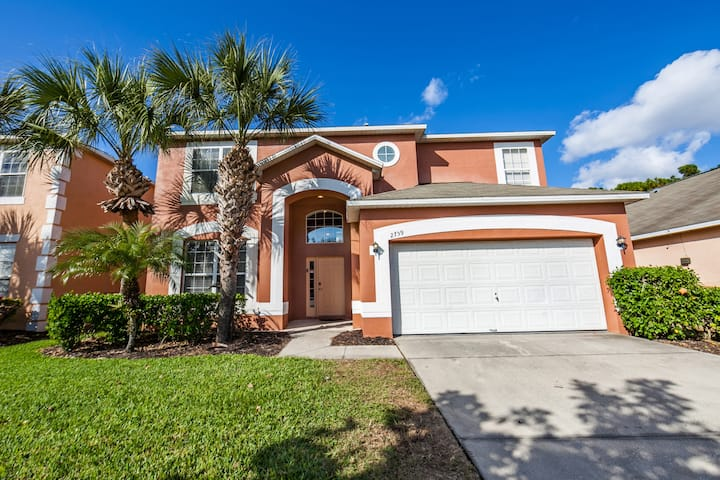 Gorgeous 7 bedroom/Private pool! 5 Min to Disney
