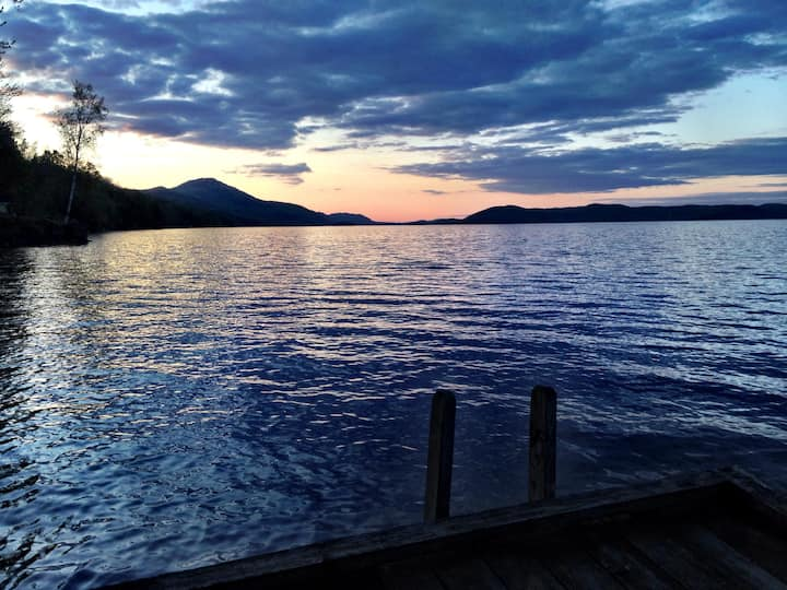 2-bedroom lakefront loft on Lake Memphrémagog-USA