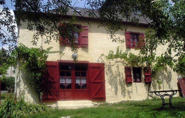 Maison en pierres - Pays Basque intérieur