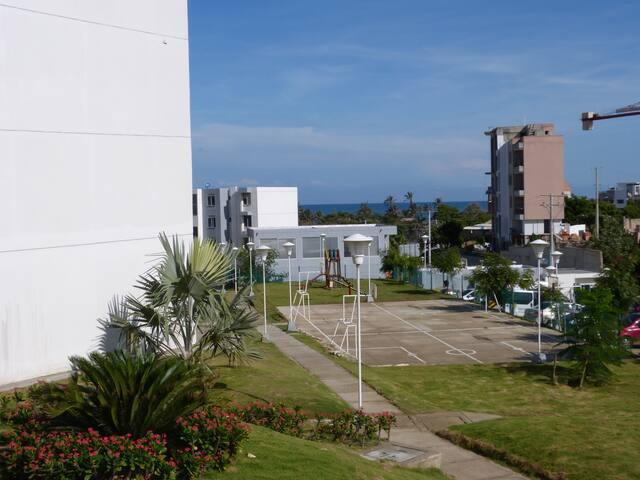 Habitacion Cerca a la Playa,  A/C, Wifi.