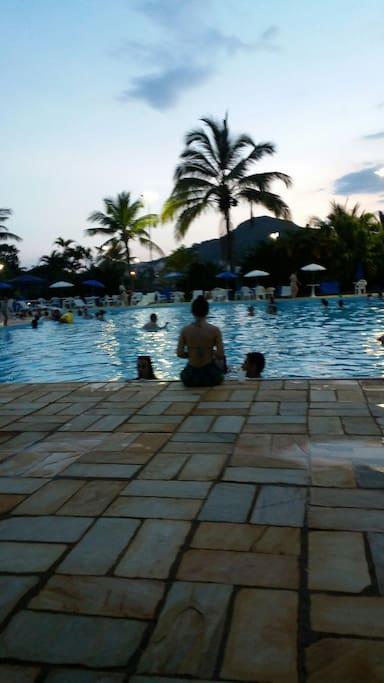 Uma piscina enorme