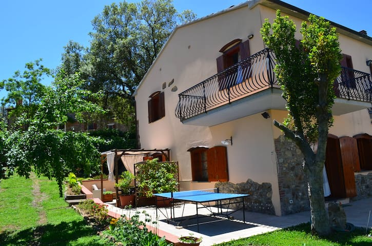 Casa Vacanza Maremma collina Scarlino vicino mare - Scarlino Scalo - Appartement