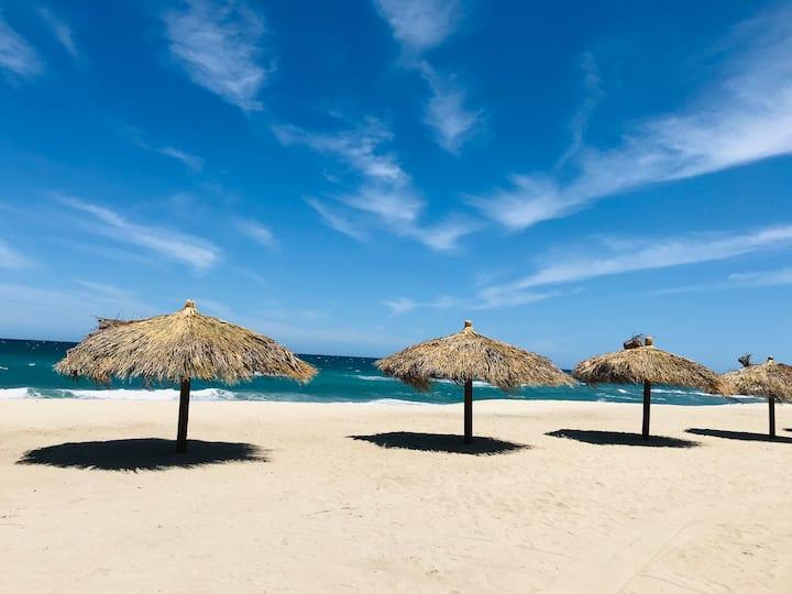 Casita Luna: 2 blocks from the best beach in Baja!