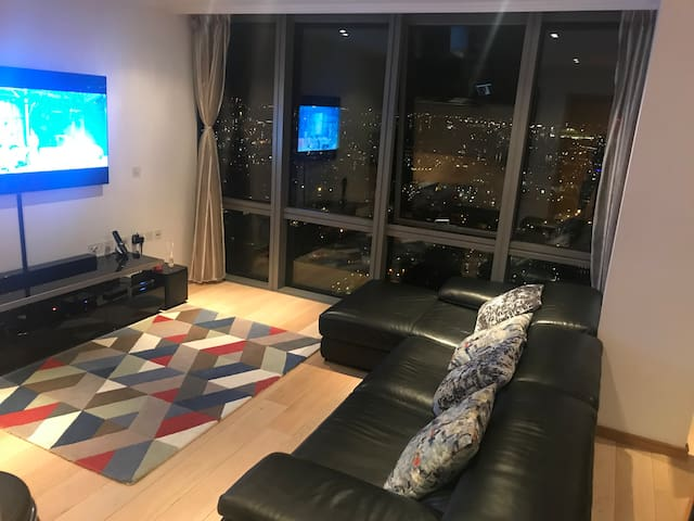 Marriot canary wharf apartment