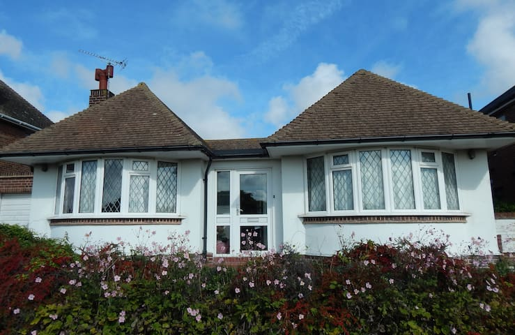 Lovely Broadstairs bungalow in quiet location