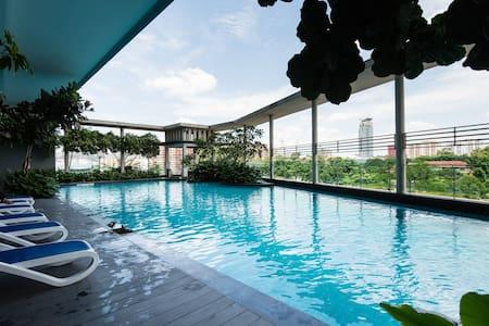 Cozy Room @ KL City Center, High Walkability - Kuala Lumpur