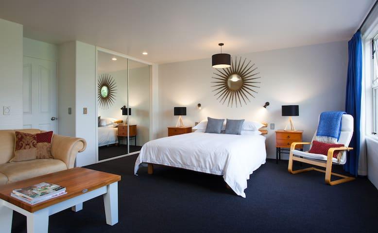 Sierra Vista Studio Apartment - Queenstown - Apartment