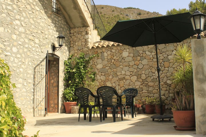 Country house 2 in the mountains - El Castell de Guadalest - Apartmen