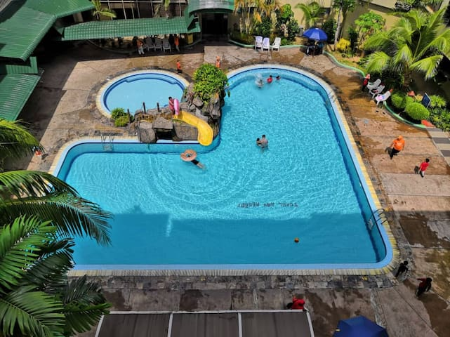 Affordable Cozy Apartment @ Coral Bay Resort