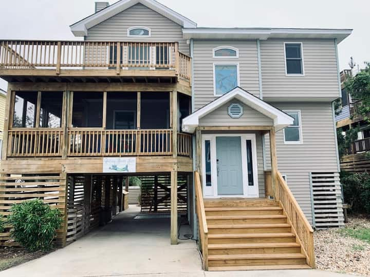 Resting Beach Face-Updated4BR/3.5BA Pool & Hot Tub