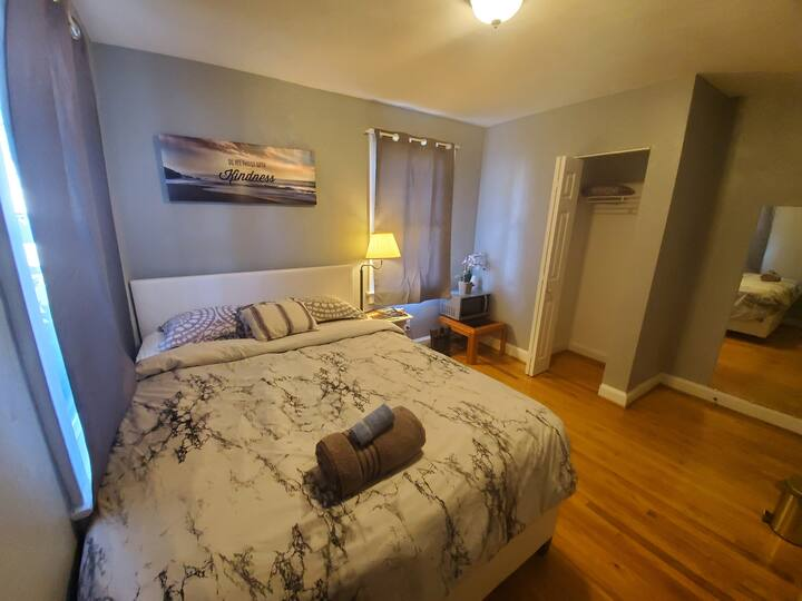 (Room)*Cozy Getaway•Near Navy Bases*Airport*Outlet