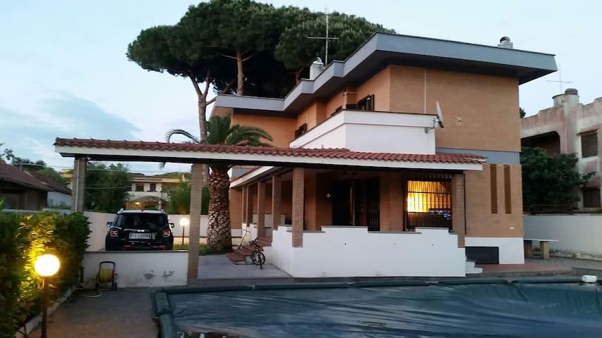 Villa con splendida piscina