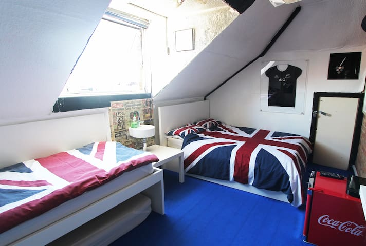 Private double / triple room #8