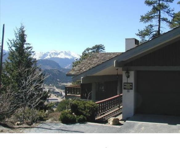 Everview King BNB secluded mountain home.