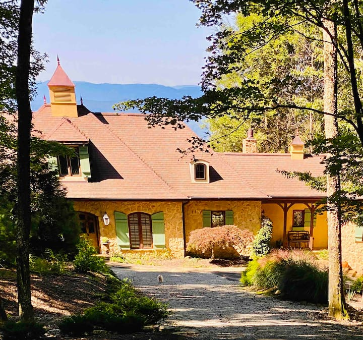 French Country Charm & Blue Ridge Mountain Views!