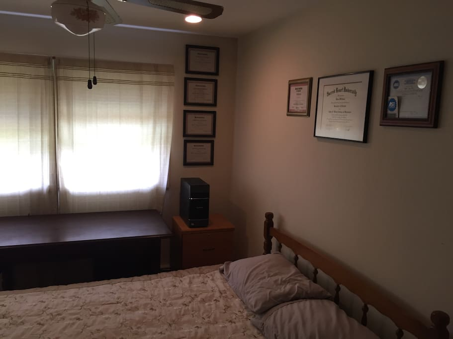 Trumbull Rooms For Rent