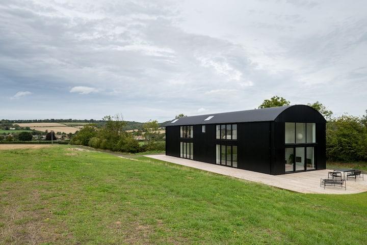 Dutch Barn, Cotswolds - Minutes to Soho Farmhouse