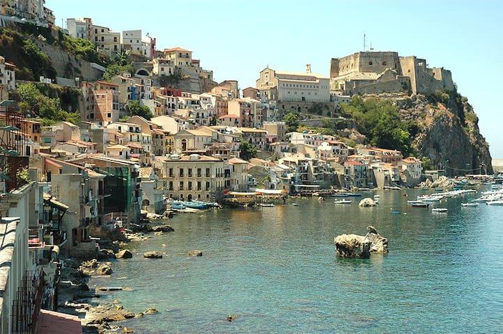 Scilla Complesso Mediterraneo - Scilla - ที่พักพร้อมอาหารเช้า