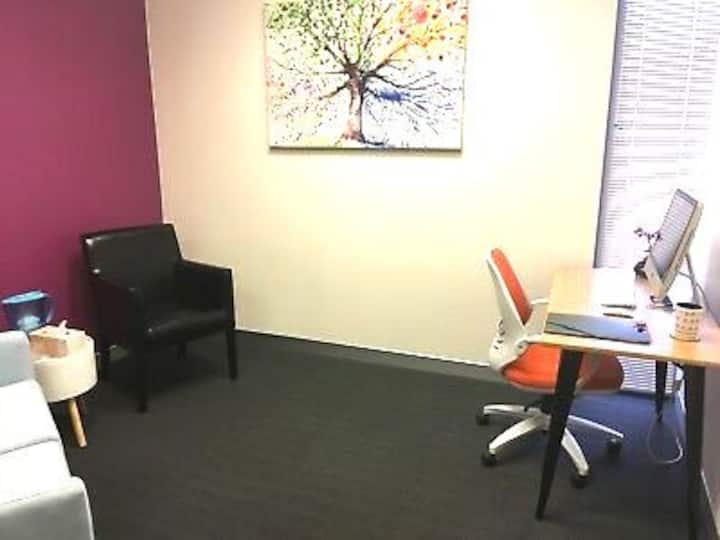 Spacious office, great location and facilities