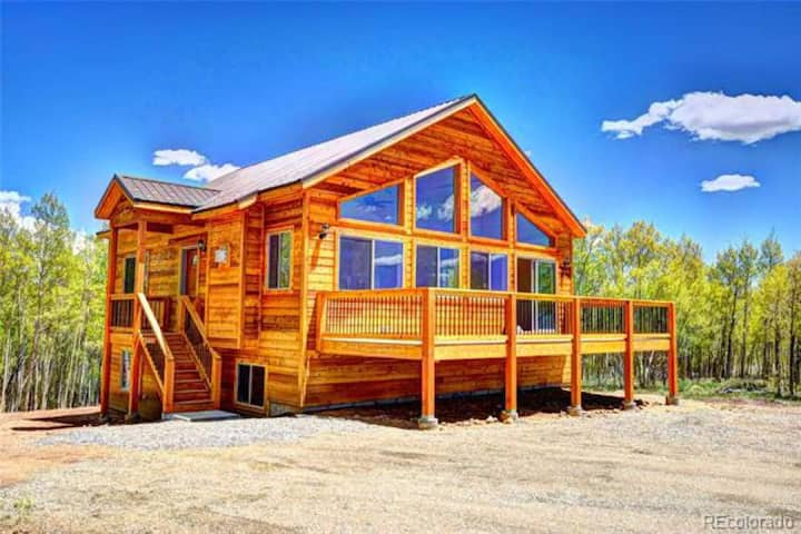 Kid Adventure Mountain Chalet
