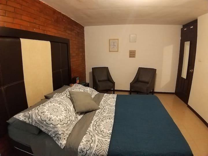Habitación en Bonita y cómoda casa en Cholula!