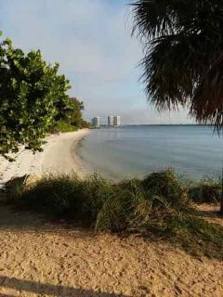 Sunshine's Private Palm Beach Oasis