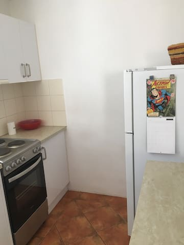 Quiet, comfy & cute, close to city - Maylands - Apartamento