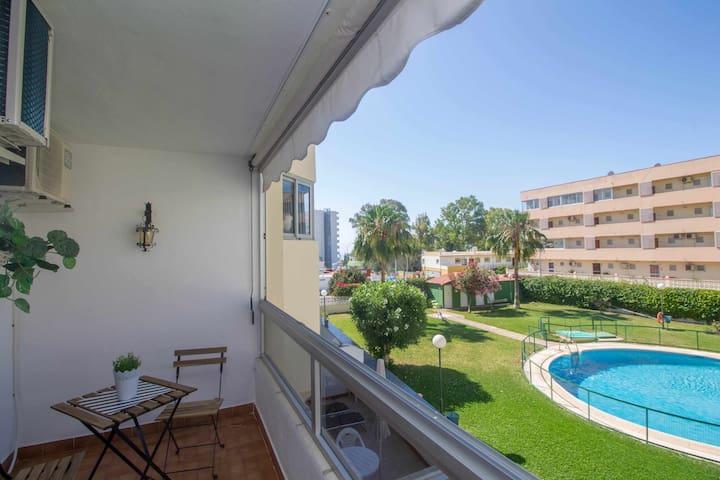 Apartment near the beach+TERRACE+pool+A/C+WIFI
