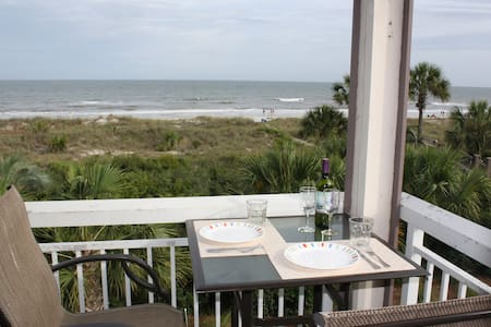 The Breakers, Ocean Front Villa - Spectacular View - Hilton Head Island