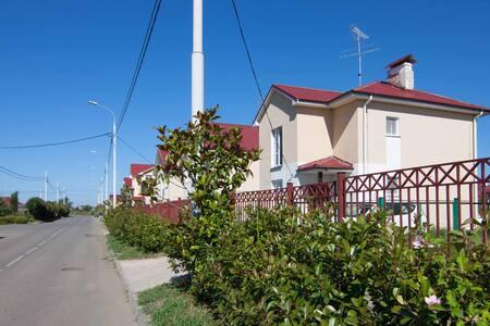 Целый этаж в коттеджном поселке (Имеретинка) - Adlerskiy