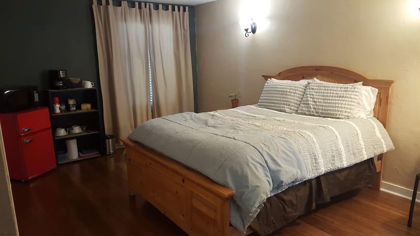 Comfy, Convenient Room - Eugene - Hus